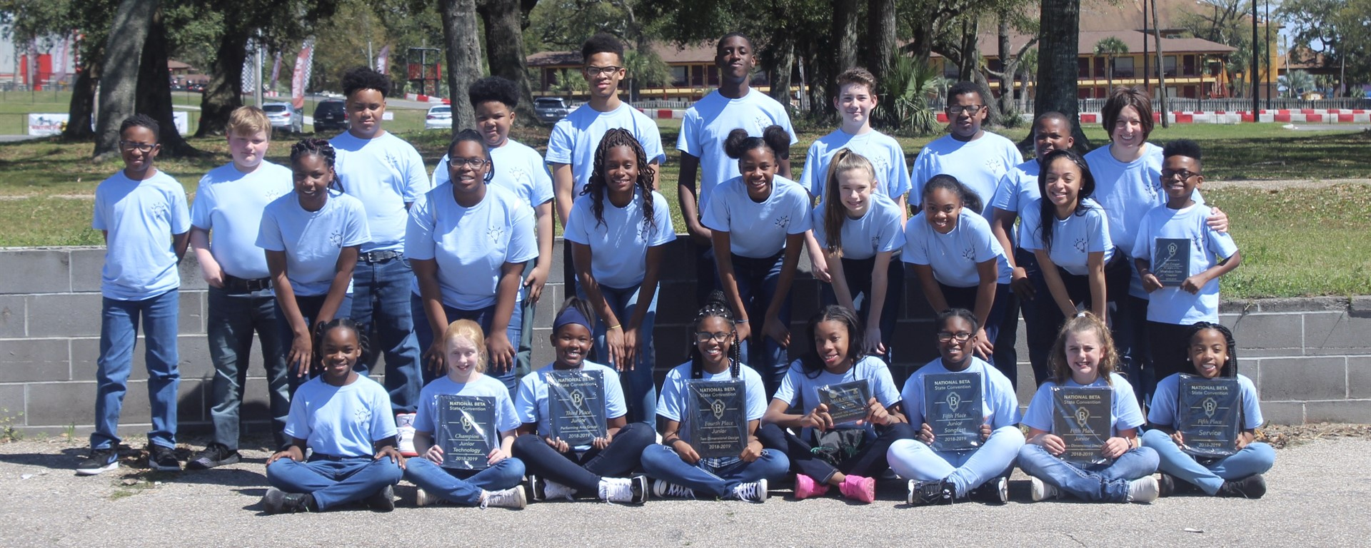 WCS Jr. Beta Club receives awards at State Convention!