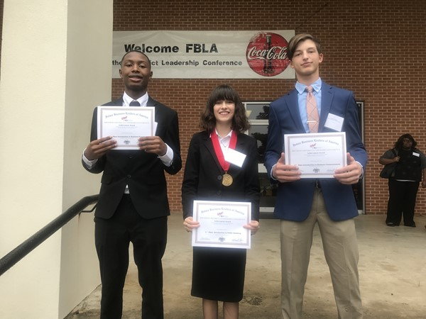 18-19 Freshmen FBLA members headed to State Competition