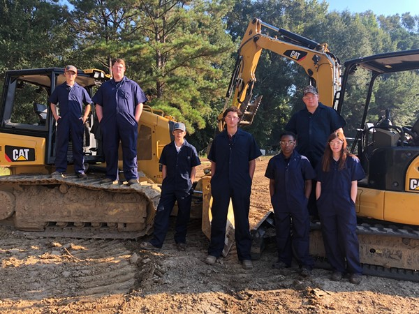 2018-2019 Heavy Equipment I Students