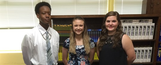 WMS Top 3 Students Salutatorian, Valedictorian, and Historian